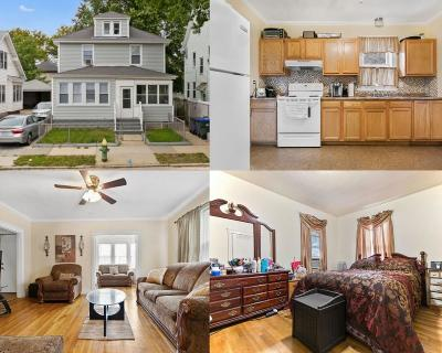 Providence Single Family Home For Sale: 279 Indiana Av