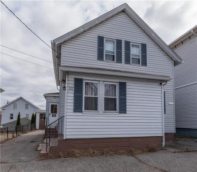 Providence County Single Family Home For Sale: 111 Metcalf St