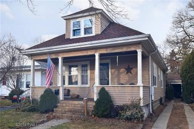 Cranston Single Family Home For Sale: 31 Myrtle Av