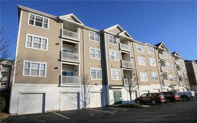 Woonsocket Condo/Townhouse For Sale: 92 Mill St, Unit#303 #303