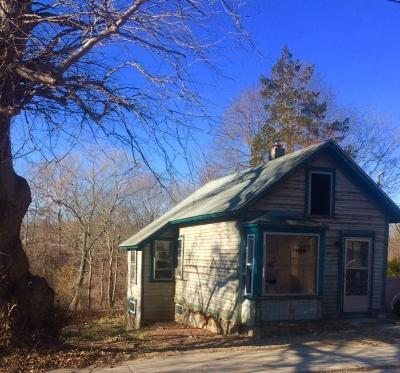 South Kingstown Single Family Home For Sale: 54 River St