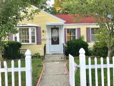 Pawtucket Single Family Home For Sale: 90 Bucklin St