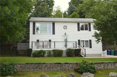 Warwick Single Family Home For Sale: 416 Arnolds Neck Dr