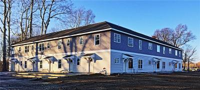 Portsmouth Condo/Townhouse Act Und Contract: 94 Sandy Point Farm Rd, Unit#8 #8