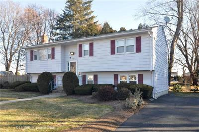 Johnston RI Single Family Home For Sale: $260,000