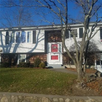 Warwick RI Single Family Home For Sale: $219,900