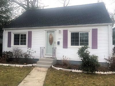 Warwick Single Family Home For Sale: 129 Brendard Av