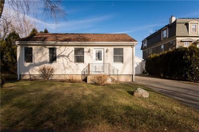 Bristol County Single Family Home For Sale: 43 Parker Av