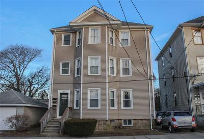 Bristol County Multi Family Home Act Und Contract: 106 Cutler St