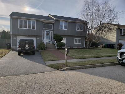 Warwick Single Family Home For Sale: 51 Eastgate Dr