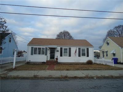 Pawtucket Single Family Home For Sale: 16 Riley St