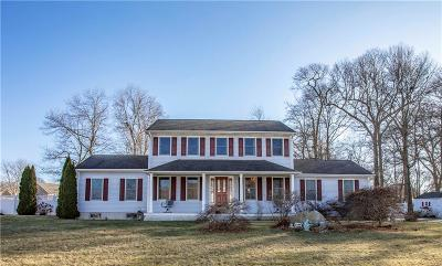Bristol County Single Family Home For Sale: 2 Cranberry Rd