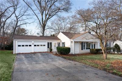 Warwick Single Family Home For Sale: 95 Lancaster Av