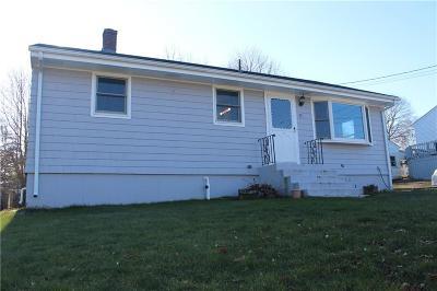 Tiverton Single Family Home For Sale: 35 Doris Av