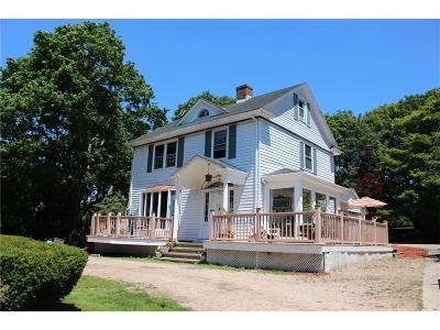 Middletown Single Family Home Act Und Contract: 819 Aquidneck Av