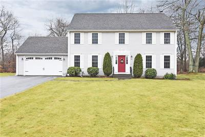 North Kingstown Single Family Home For Sale: 93 Ricci Lane