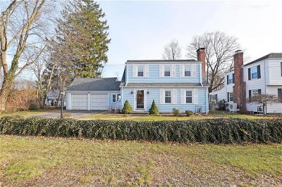 Providence County Single Family Home For Sale: 145 Don Av