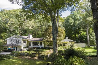 North Kingstown Single Family Home For Sale: 275 Forge Rd