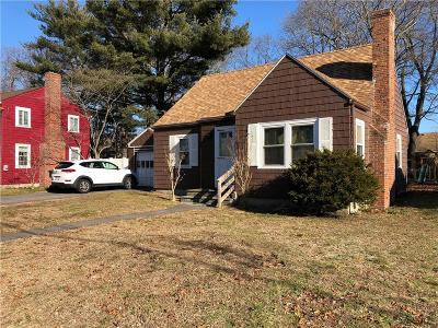 Warwick Single Family Home For Sale: 94 Brunswick Dr