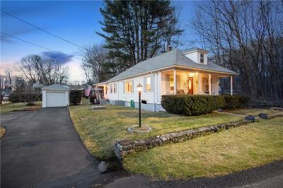 Cumberland Single Family Home Act Und Contract: 55 Kay St