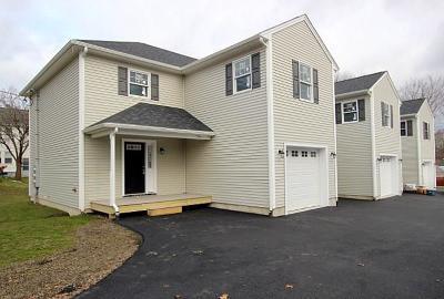 Attleboro Condo/Townhouse For Sale: 126 Linden St, Unit#c #C