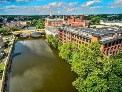 Pawtucket RI Condo/Townhouse For Sale: $229,500