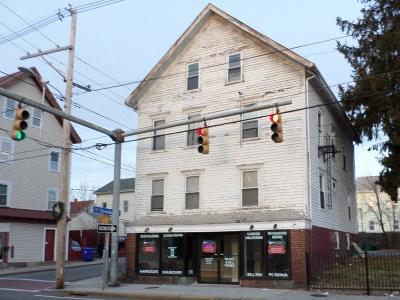 Central Falls Multi Family Home For Sale: 753 Dexter St