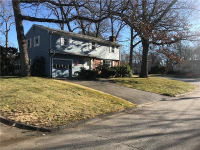 Warwick Single Family Home For Sale: 36 Kennedy Dr