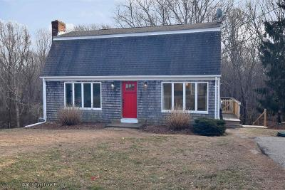 South Kingstown Single Family Home Act Und Contract: 38 Andre Av