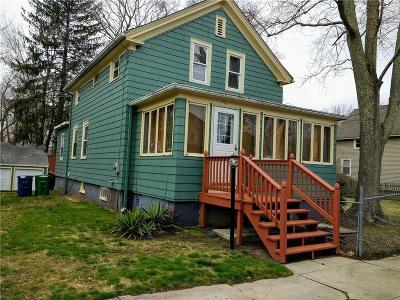 Warwick Single Family Home For Sale: 275 Harrington Av