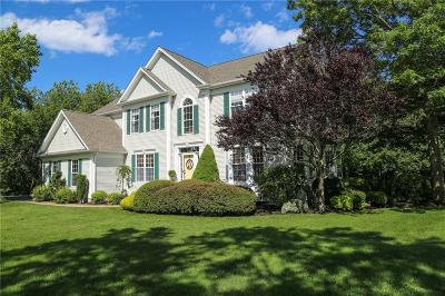 South Kingstown Single Family Home For Sale: 40 Wildrose Ct