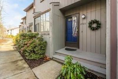 Condo/Townhouse Act Und Contract: 5 Wake Robin Rd, Unit#2705 #2705