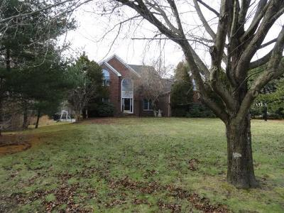 North Kingstown Single Family Home For Sale: 31 Rolling Meadow Wy