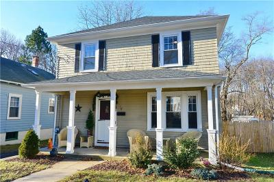 North Providence Single Family Home For Sale: 18 Hope St