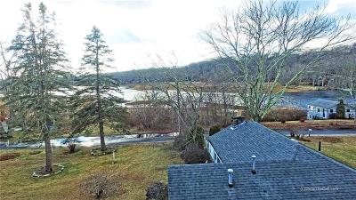 Narragansett Single Family Home For Sale: 93 - 0 Circuit Dr