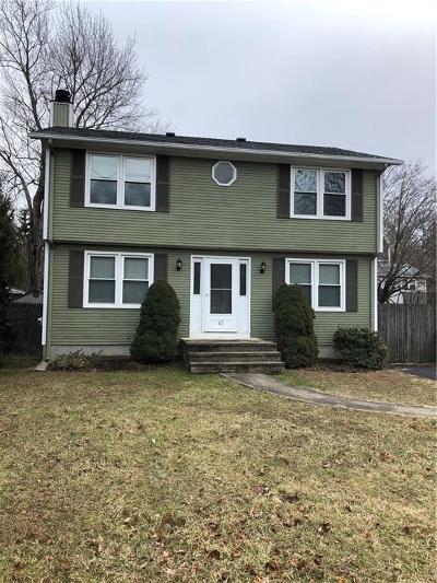Cranston Single Family Home For Sale: 47 Abbott St