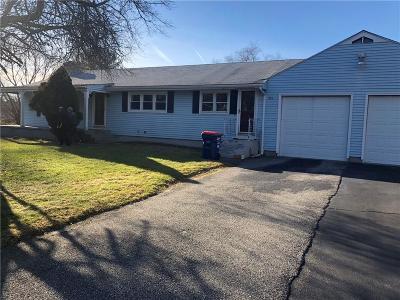 Seekonk Single Family Home For Sale: 593 Lincoln St