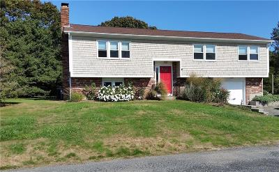 South Kingstown Single Family Home For Sale: 10 Leeward Lane