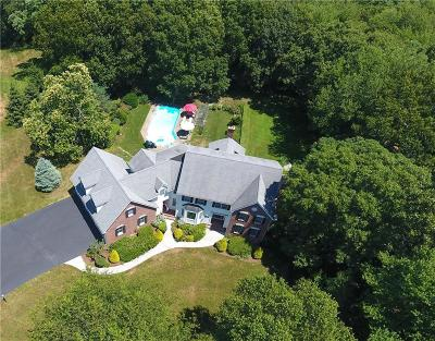North Kingstown Single Family Home Act Und Contract: 215 Finch Lane Lane