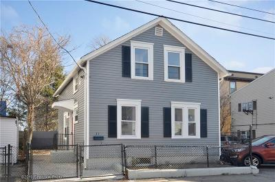 Pawtucket Single Family Home For Sale: 31 Bagley St