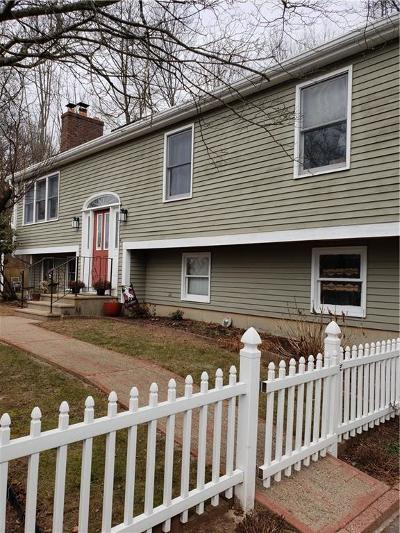 Cumberland Single Family Home For Sale: 205 Kay St