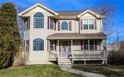Somerset MA Single Family Home Act Und Contract: $389,000