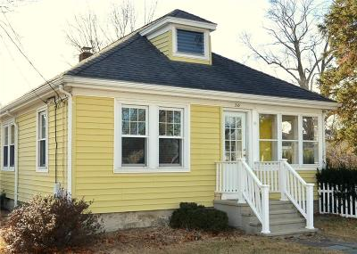 East Providence RI Single Family Home For Sale: $219,900