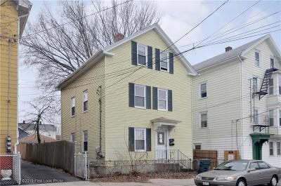 Providence RI Multi Family Home For Sale: $330,000