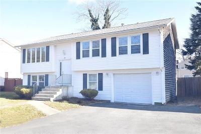 Cranston RI Single Family Home For Sale: $279,900