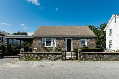 Cumberland RI Single Family Home For Sale: $214,000