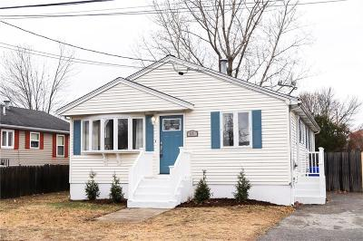 Pawtucket Single Family Home For Sale: 64 Linton St