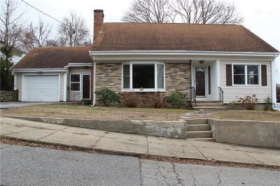 North Providence Single Family Home For Sale: 25 Benedict St
