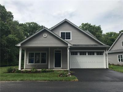North Kingstown Condo/Townhouse For Sale: 286 Wickford Ct, Unit#39 #39