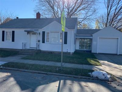 Cranston Single Family Home For Sale: 170 Beckwith St